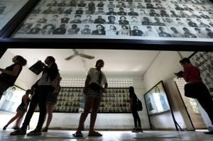 Media AS Ubah Foto Korban Khmer Merah Jadi Tersenyum, Kamboja Marah