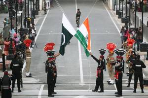 India dan Pakistan Gelar Perundingan Rahasia Atasi Kebuntuan Kashmir