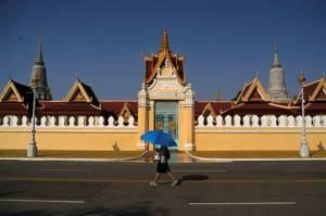 Kamboja Sebut Pandemi Covid-19 Bikin Mereka di Ambang Kehancuran