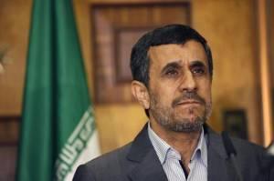 Ahmadinejad: Agen-agen Israel Menyusup ke Badan Kontra Intelijen Iran