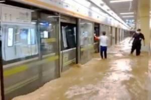 Korban Banjir China Naik Tiga Kali Lipat, Wabah COVID Persulit Penanganan