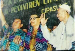 Di Muktamar Ke-29 NU di Ponpes Cipasung, Gus Dur maju dan terpilih untuk ketiga kalinya sebagai ketua umum PBNU.