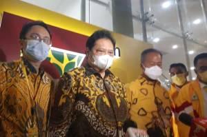 Puncak HUT Golkar, Airlangga Apresiasi Kader Bikin Baliho Capres 2024