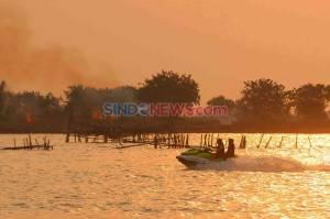 Berburu Senja di Pantai Marina Semarang yang Eksotis
