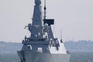 Inggris Sangkal Kapal Perangnya Jadi Target Tembakan dan Bom Rusia