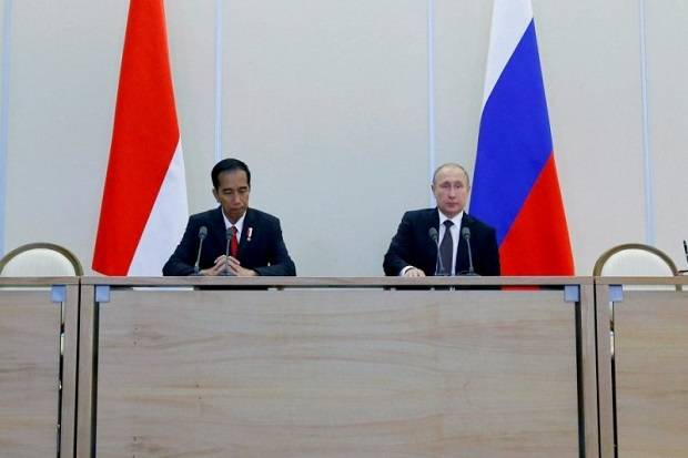 Lewat Telepon, Jokowi-Putin Bahas Upaya Bersama Perangi Covid-19