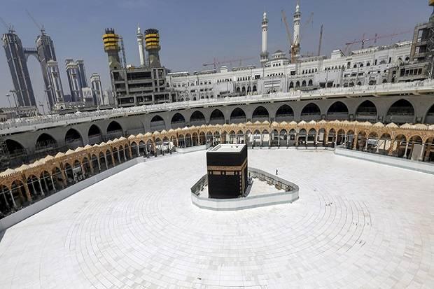 Ekonomi Arab Saudi Jatuh, Pakar Prediksi Biaya Haji Naik Lebih Mahal