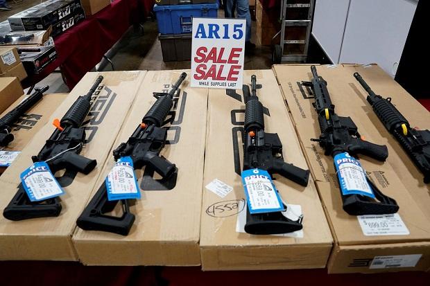 Angka Penjualan Senjata di AS Capai Titik Tertinggi