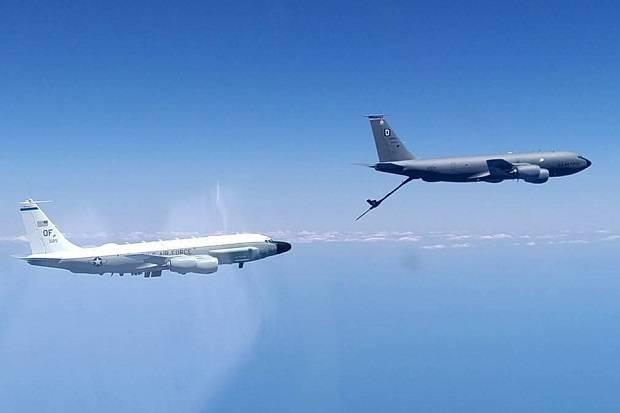 Jet Tempur Su-30 Rusia Cegat Pesawat Mata-mata AS di Laut Hitam