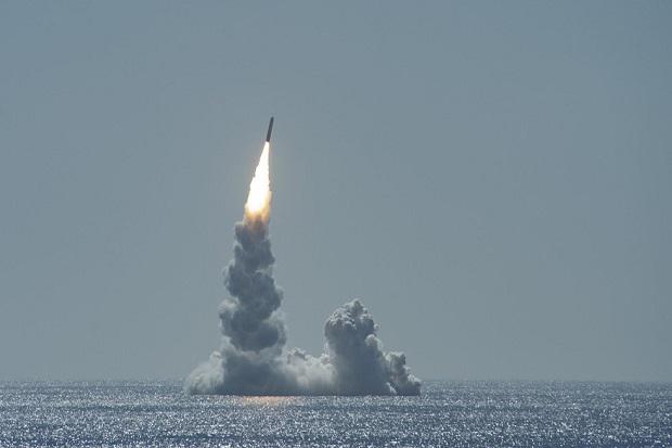 Rusia Peringatkan Konfrontasi Nuklir Jika AS Berlomba Mendominasi Global