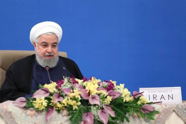 Presiden Iran Larang Acara Pernikahan untuk Cegah Covid-19