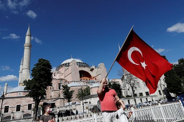 Dikecam karena Ubah Hagia Sophia Menjadi Masjid, Erdogan Cuek