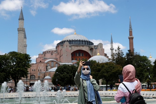 Yunani Sebut Erdogan Jadikan Hagia Sophia sebagai Senjata Politik