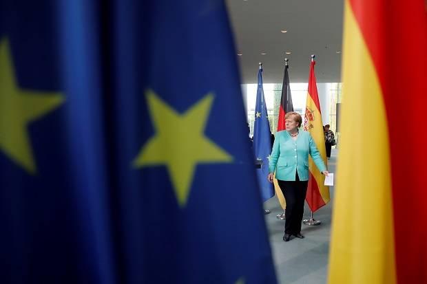 Merkel: AS Tak Bisa Lagi Diandalkan, UE Harus Bentuk Sistem Pertahanan Sendiri