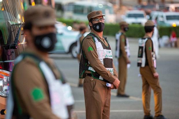 Aparat Saudi Tangkap 900 Orang yang Coba Masuk Secara Ilegal ke Situs Suci