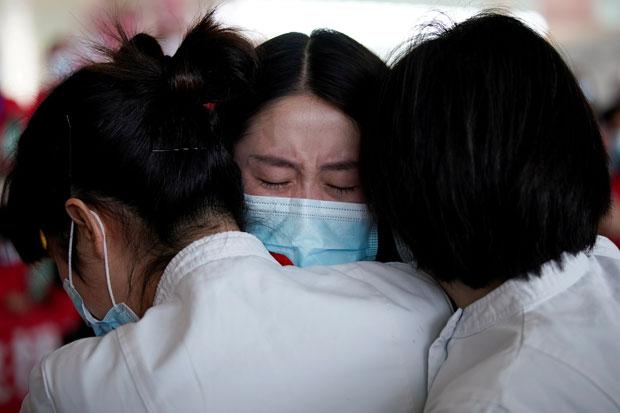 Hadapi Gelombang Ketiga, Hong Kong Terancam Kolaps