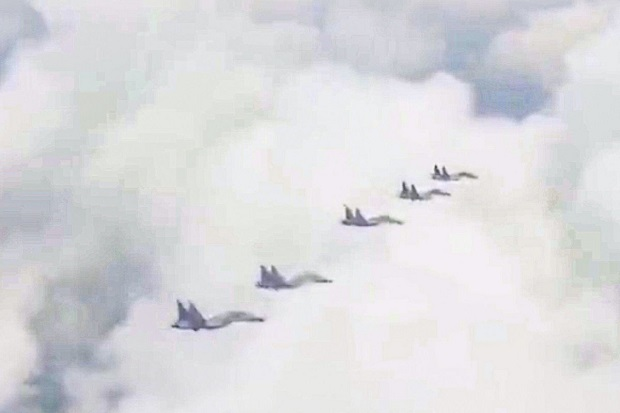 Jet-jet Tempur China Berkeliaran 10 Jam di Atas Laut China Selatan