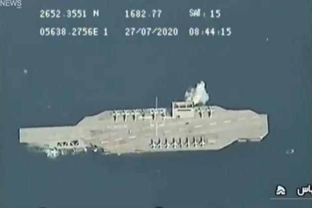 Terungkap, Aksi Iran Tenggelamkan Replika Kapal Induk AS Tak Mulus