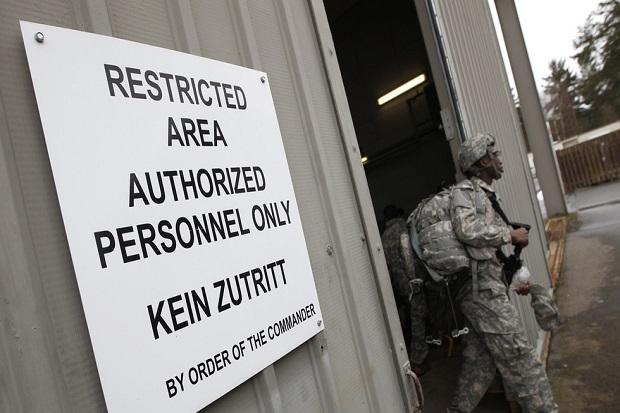 Pentagon: Memindahkan Pasukan AS Lebih Dekat ke Rusia Diperlukan