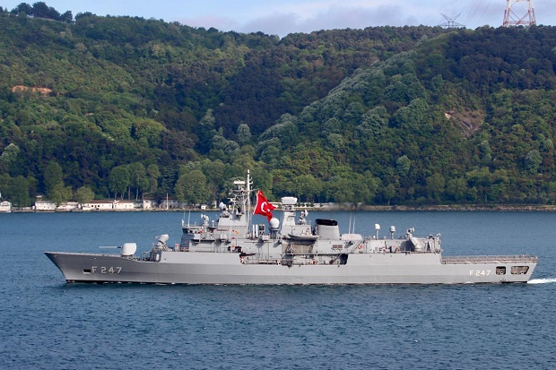 Kapal Perang Turki dan Yunani Tabrakan Mini di Lau