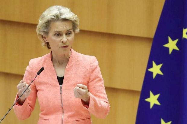 Presiden Komisi Eropa: Lawan Rusia dan Turki
