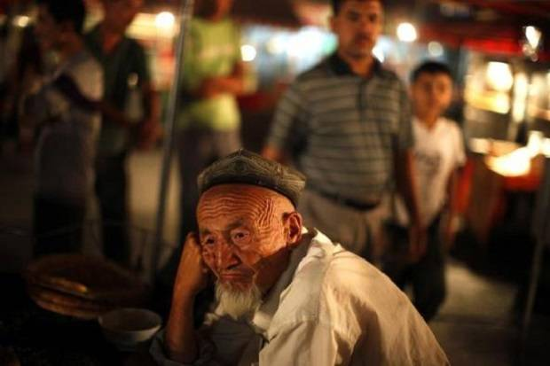 Institut China Sangkal Laporan Memberangus Kelahiran di Xinjiang