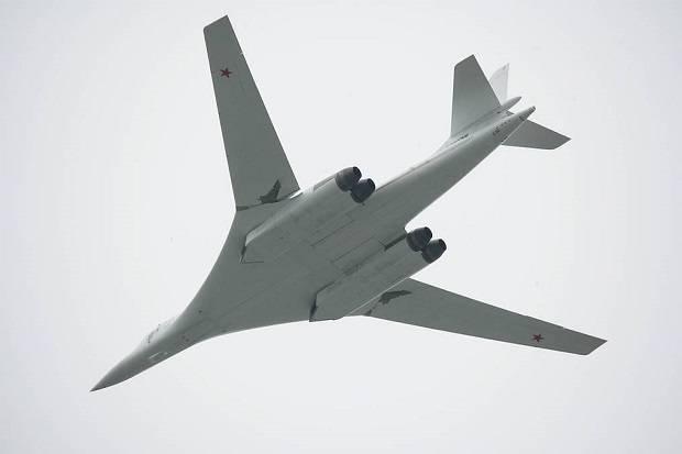 Pesawat Bomber Supersonik Rusia Catatkan Waktu Terbang Terlama