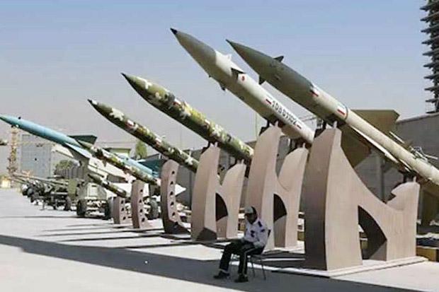 Embargo Berakhir, Iran Siap Jual Beli Senjata dengan Banyak Teman