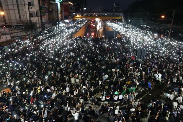 Thailand Bekukan Stasiun Televisi karena Liputan Demonstrasi