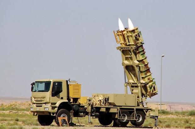 Iran Sukses Luncurkan Sistem Pertahanan Rudal Buatan Sendiri