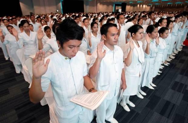 Duterte Izinkan Pegawai Kesehatan Kerja ke Luar Negeri