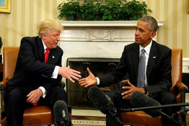 Obama Sindir Trump Mungkin Diseret Navy SEAL Keluar dari Gedung Putih