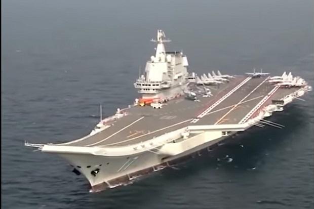 Kapal Induk China Menuju Laut China Selatan untuk Latihan Perang