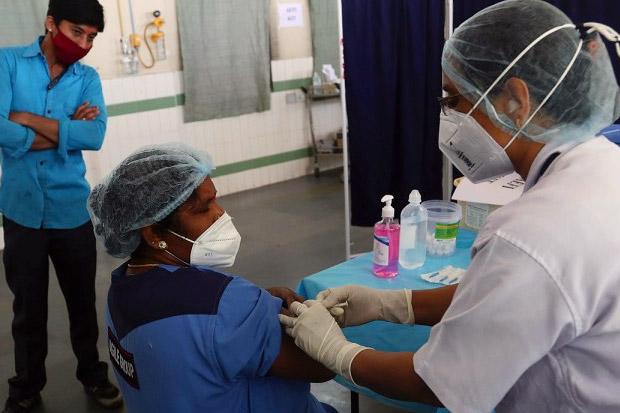 India Gelar Uji Coba Nasional Sistem Pengiriman Vaksin COVID-19