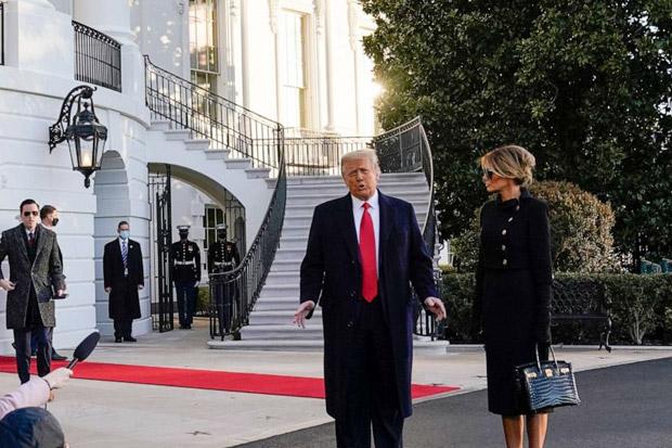 Donald Trump Tinggalkan Gedung Putih Beberapa Jam Sebelum Pelantikan Biden