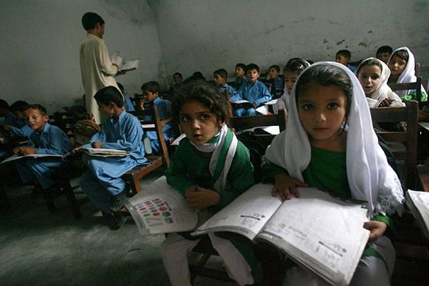 Tingkatkan Akses Pendidikan untuk Anak Perempuan Jadi Fokus Inggris di G7