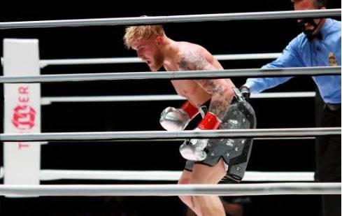 Jake Paul Jatuhkan Ben Askren KO Dalam 4 Detik!