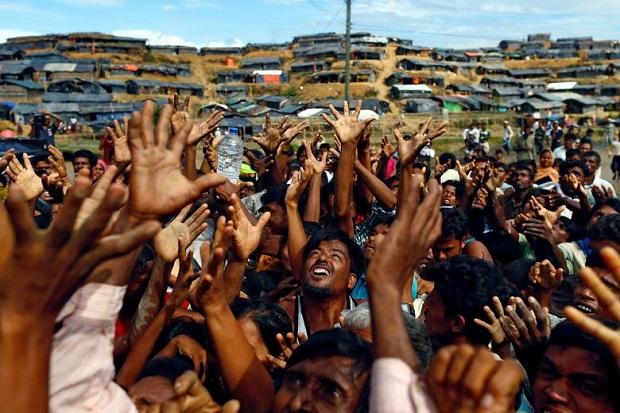 Suu Kyi Dikudeta dan Ditahan, Pengungsi Muslim Rohingya Bersukacita