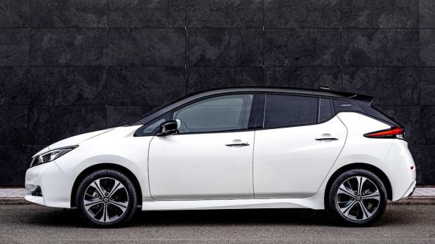 Berusia Satu Dekade, Nissan Beri Hadiah Nissan Leaf yang lebih Segar