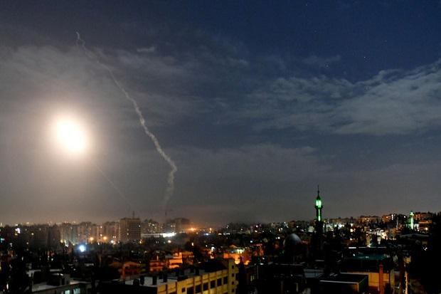 Rudal-rudal Israel Hujani Suriah, Sebagian Ditembak Jatuh