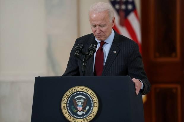COVID-19 Bunuh Setengah Juta Orang di AS, Biden Pimpin Hening Cipta