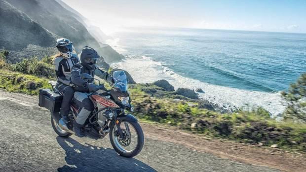 Rider Italia Siap Keliling Dunia dengan Kawasaki Versys X-300
