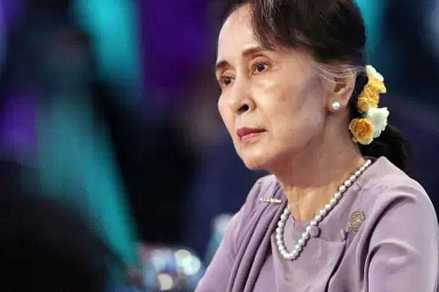 Aung San Suu Kyi Dilaporkan Dipindahkan ke Lokasi Rahasia