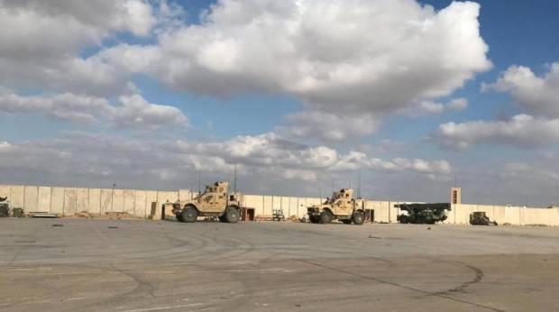 Roket-roket Gempur Pangkalan Udara Irak Penampung Pasukan AS