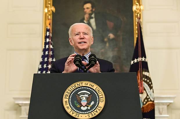 Biden Putuskan Perpanjang Sanksi Terhadap Iran