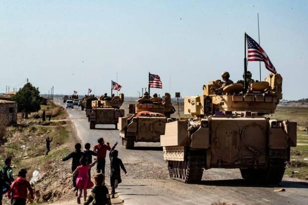 AS Kerahkan Pasukan dan Peralatan Militer Tambahan ke Suriah Timur