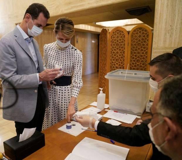 Presiden Assad dan Ibu Negara Suriah Positif COVID-19