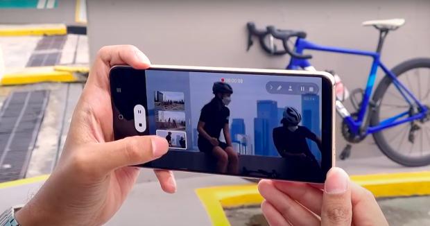 Cara Gunakan Director's View untuk Bikin Video di Samsung Galaxy S21 5G