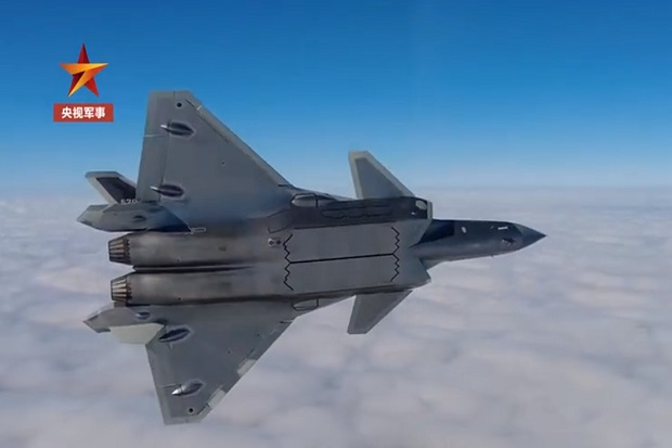 Siap Tempur, Jet Tempur Siluman J-20 China Terbang Tanpa Lensa Luneburg