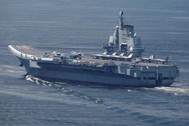 Kapal Induk dan Beberapa Kapal Perang China Bermanuver di Dekat Taiwan